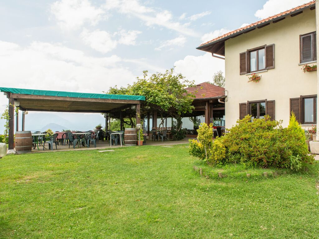 Ferienhaus Geräumiger Bauernhof in Verbania mit Garten (456979), Pallanza, Lago Maggiore (IT), Piemont, Italien, Bild 16