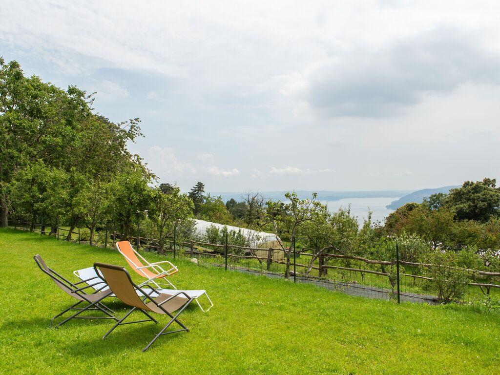 Ferienhaus Geräumiger Bauernhof in Verbania mit Garten (456979), Pallanza, Lago Maggiore (IT), Piemont, Italien, Bild 18