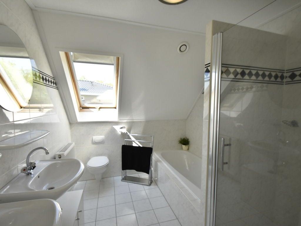 Ferienhaus Moderne Villa in der Nähe des Waldes in Zeewolde (454851), Zeewolde, , Flevoland, Niederlande, Bild 21