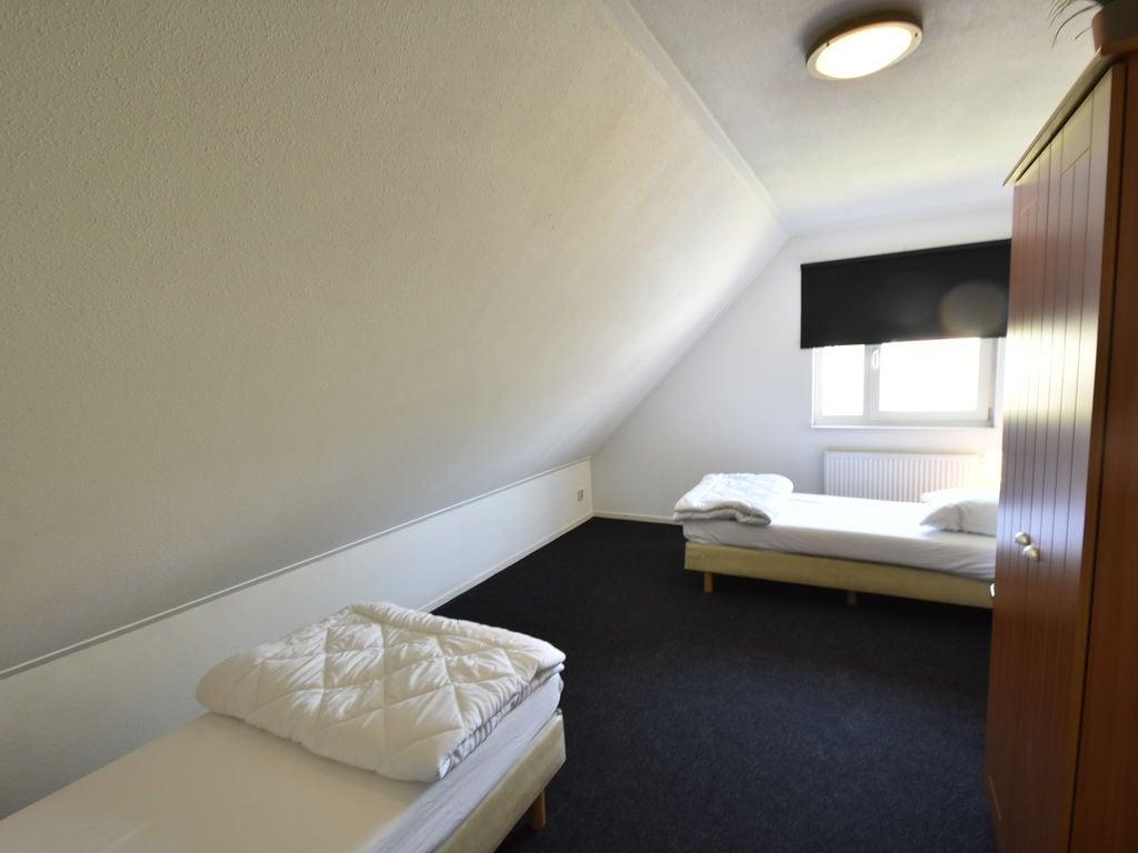 Ferienhaus Moderne Villa in der Nähe des Waldes in Zeewolde (454851), Zeewolde, , Flevoland, Niederlande, Bild 14