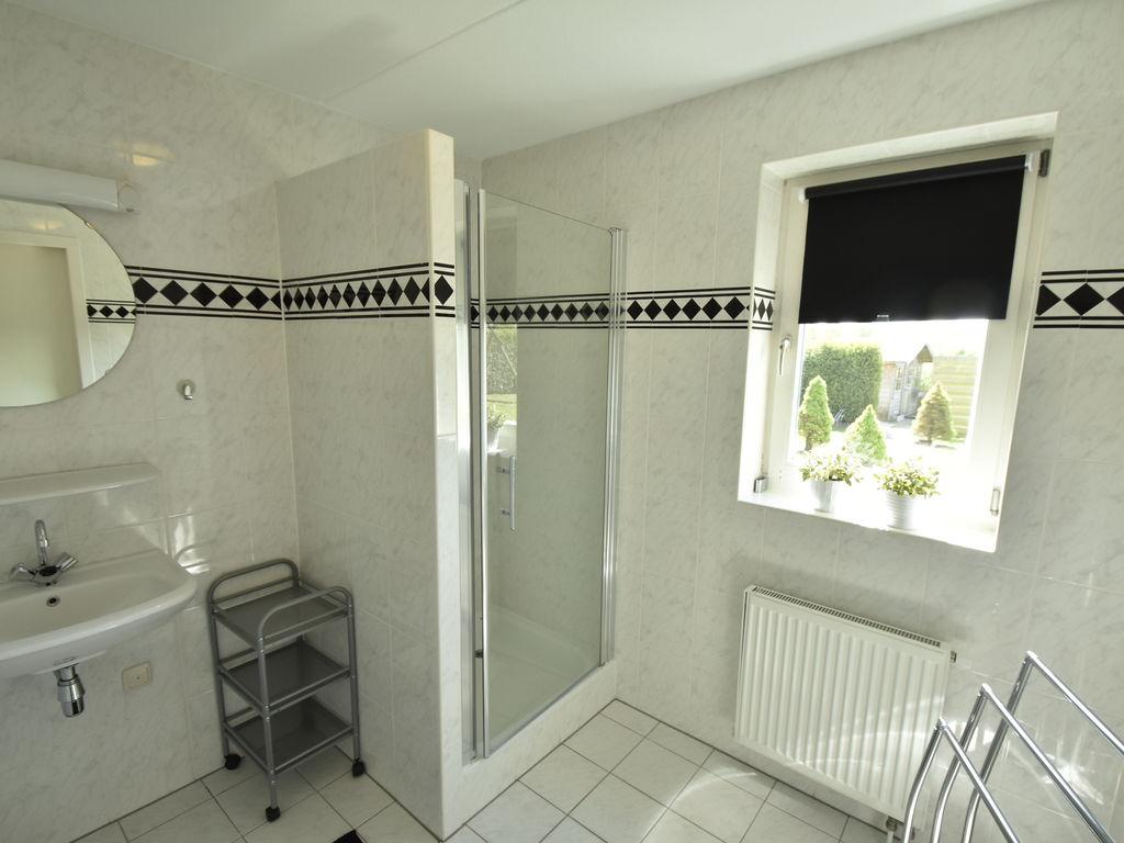 Ferienhaus Moderne Villa in der Nähe des Waldes in Zeewolde (454851), Zeewolde, , Flevoland, Niederlande, Bild 22
