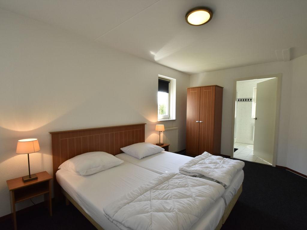 Ferienhaus Moderne Villa in der Nähe des Waldes in Zeewolde (454851), Zeewolde, , Flevoland, Niederlande, Bild 15