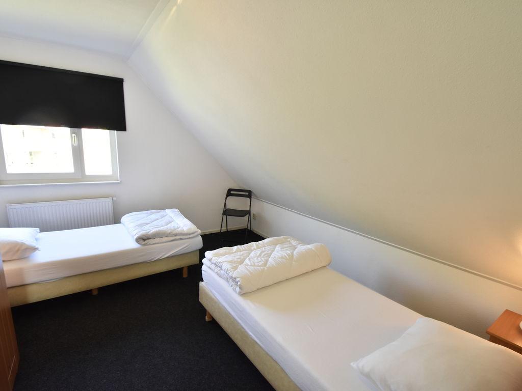 Ferienhaus Moderne Villa in der Nähe des Waldes in Zeewolde (454851), Zeewolde, , Flevoland, Niederlande, Bild 16