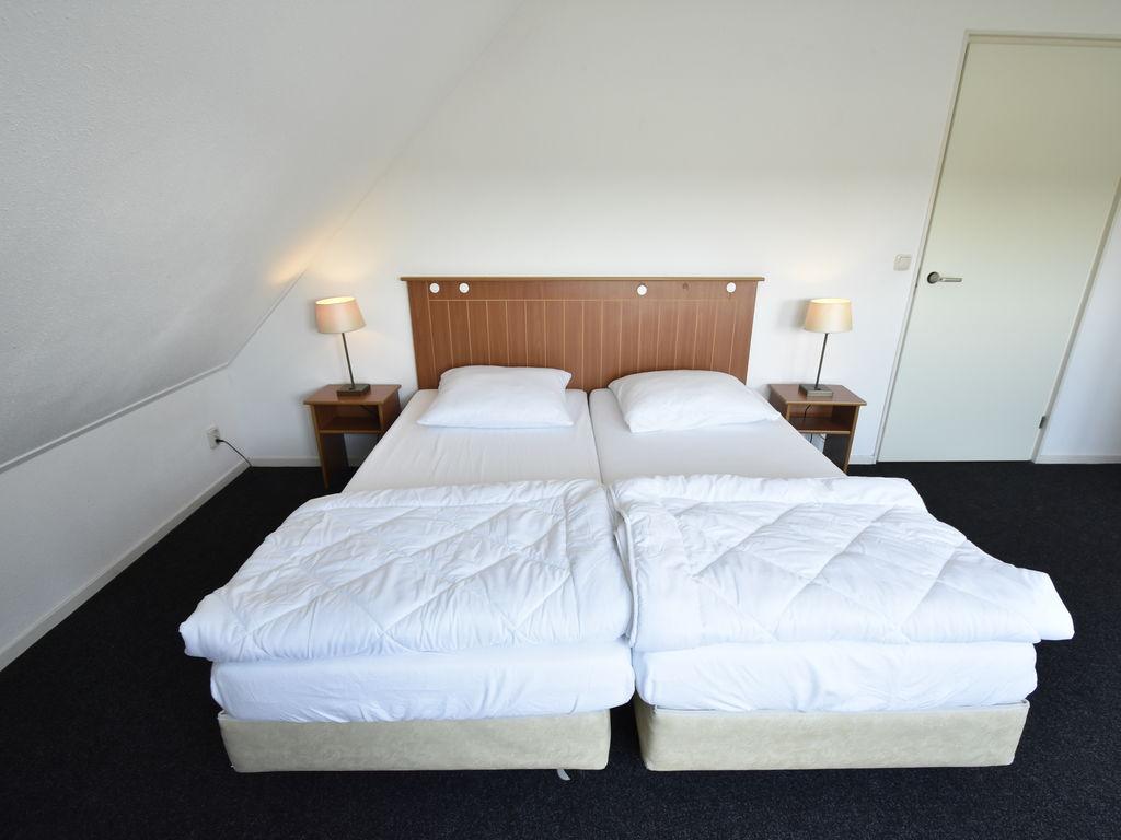 Ferienhaus Moderne Villa in der Nähe des Waldes in Zeewolde (454851), Zeewolde, , Flevoland, Niederlande, Bild 17