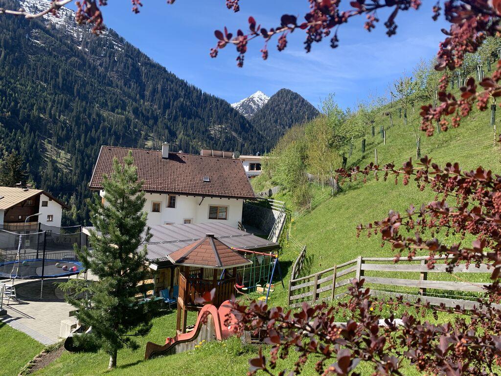 Ferienwohnung Großzügiges Apartment in der Nähe des Skigebiets in Kappl (462613), Kappl, Paznaun - Ischgl, Tirol, Österreich, Bild 22