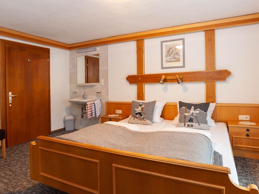 Ferienwohnung Großzügiges Apartment in der Nähe des Skigebiets in Kappl (462613), Kappl, Paznaun - Ischgl, Tirol, Österreich, Bild 16