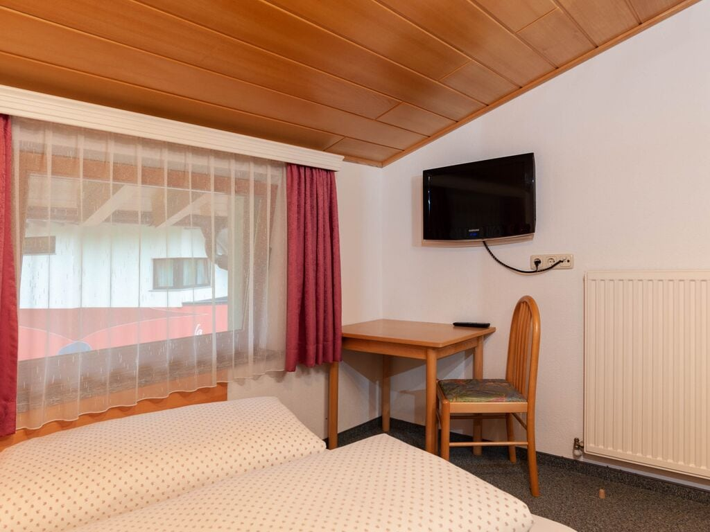 Ferienwohnung Großzügiges Apartment in der Nähe des Skigebiets in Kappl (462613), Kappl, Paznaun - Ischgl, Tirol, Österreich, Bild 10