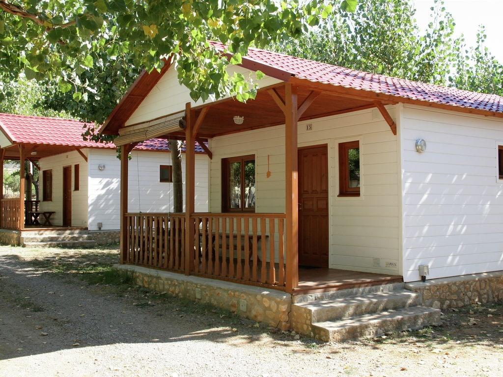 Maison de vacances Gepflegter Bungalow mit überdachter Terrasse in Aragon (493641), Isabena, Huesca, Aragon, Espagne, image 1