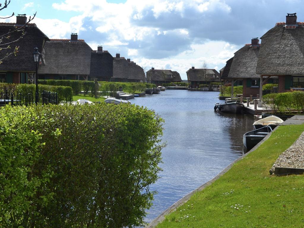 Ferienhaus Stilvoll reetgedeckte Villa mit 2 Badezimmern bei Giethoorn (222554), Dinxterveen, Kop van Overijssel, Overijssel, Niederlande, Bild 24
