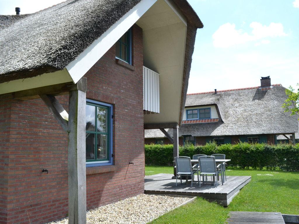 Ferienhaus Stilvoll reetgedeckte Villa mit 2 Badezimmern bei Giethoorn (221351), Dinxterveen, Kop van Overijssel, Overijssel, Niederlande, Bild 11