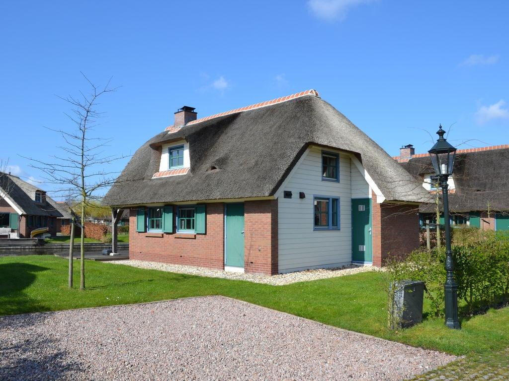 Ferienhaus Stilvoll reetgedeckte Villa mit 2 Badezimmern bei Giethoorn (221351), Dinxterveen, Kop van Overijssel, Overijssel, Niederlande, Bild 3