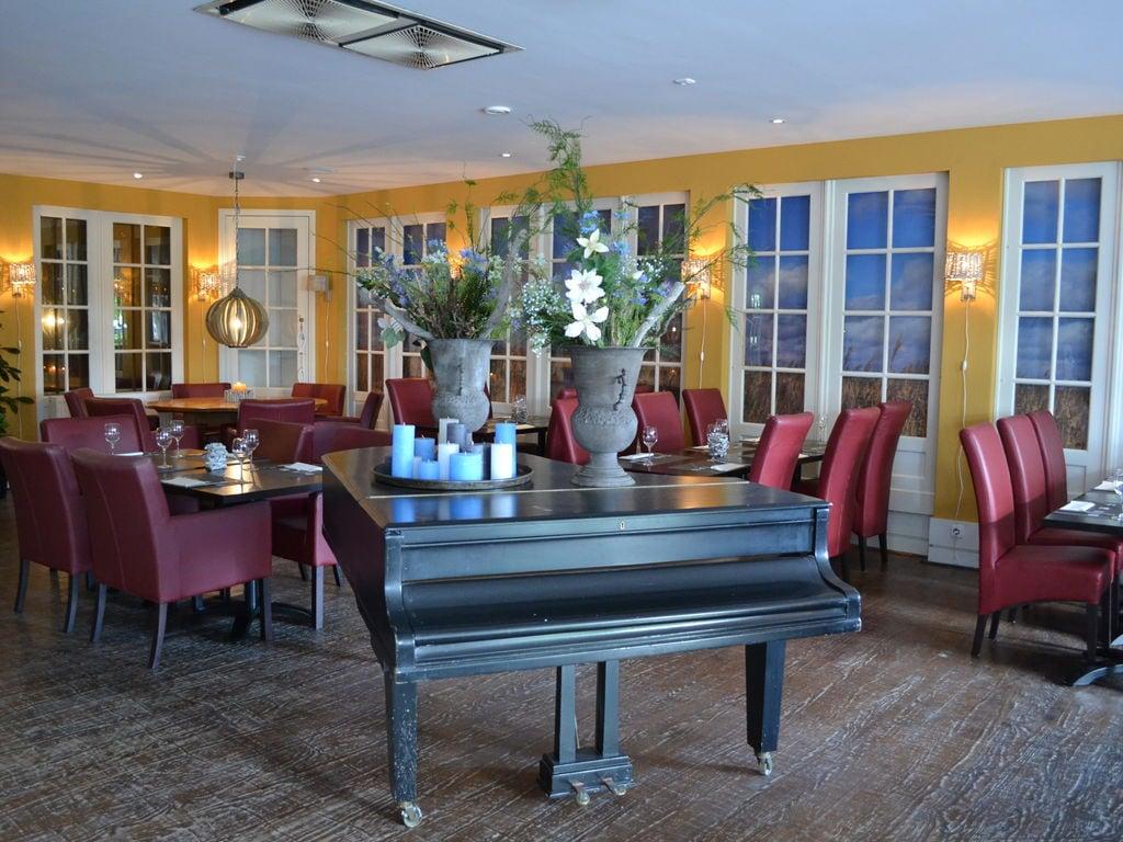 Ferienhaus Stilvoll reetgedeckte Villa mit 2 Badezimmern bei Giethoorn (221351), Dinxterveen, Kop van Overijssel, Overijssel, Niederlande, Bild 18