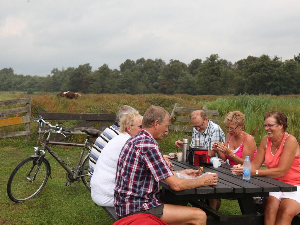 Ferienhaus Stilvoll reetgedeckte Villa mit 2 Badezimmern bei Giethoorn (221351), Dinxterveen, Kop van Overijssel, Overijssel, Niederlande, Bild 28