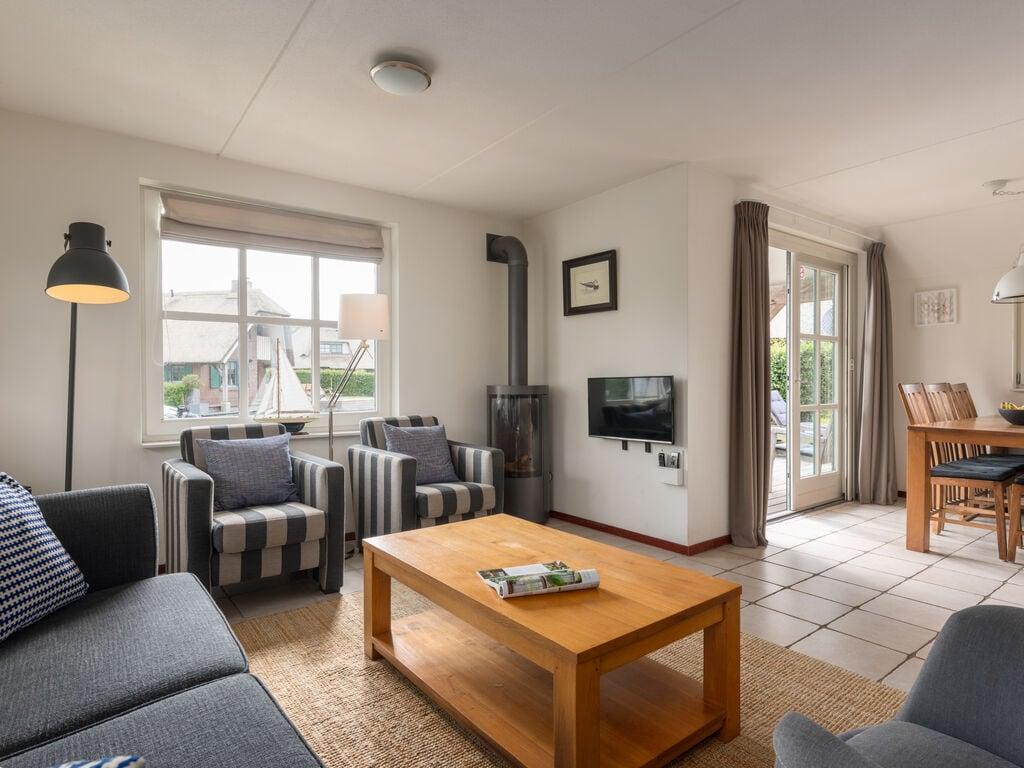 Ferienhaus Stilvoll reetgedeckte Villa mit 2 Badezimmern bei Giethoorn (221351), Dinxterveen, Kop van Overijssel, Overijssel, Niederlande, Bild 4