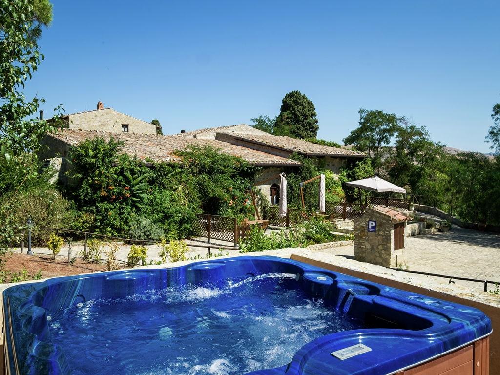 Holiday house Provinzielles Ferienhaus mit Whirlpool und Pool in Resuttano (488681), Delia, Caltanissetta, Sicily, Italy, picture 23