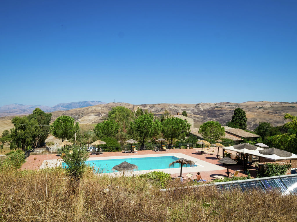 Holiday house Provinzielles Ferienhaus mit Whirlpool und Pool in Resuttano (488681), Delia, Caltanissetta, Sicily, Italy, picture 10