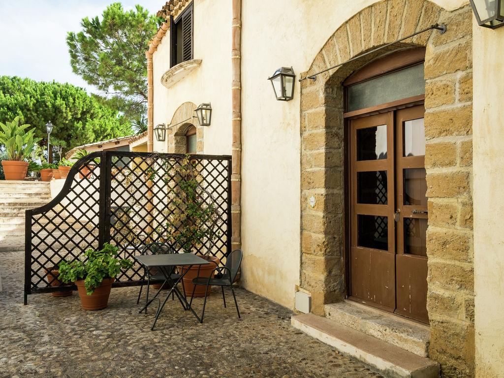 Holiday house Gemütliches Ferienhaus mit Swimmingpool in Santa Flavia (500700), Santa Flavia, Palermo, Sicily, Italy, picture 7