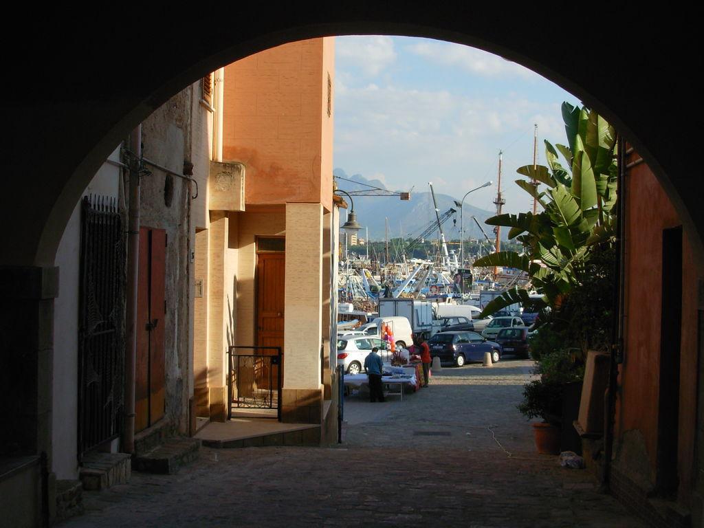 Holiday house Gemütliches Ferienhaus mit Gemeinschaftspool in Santa Flavia (500699), Santa Flavia, Palermo, Sicily, Italy, picture 33