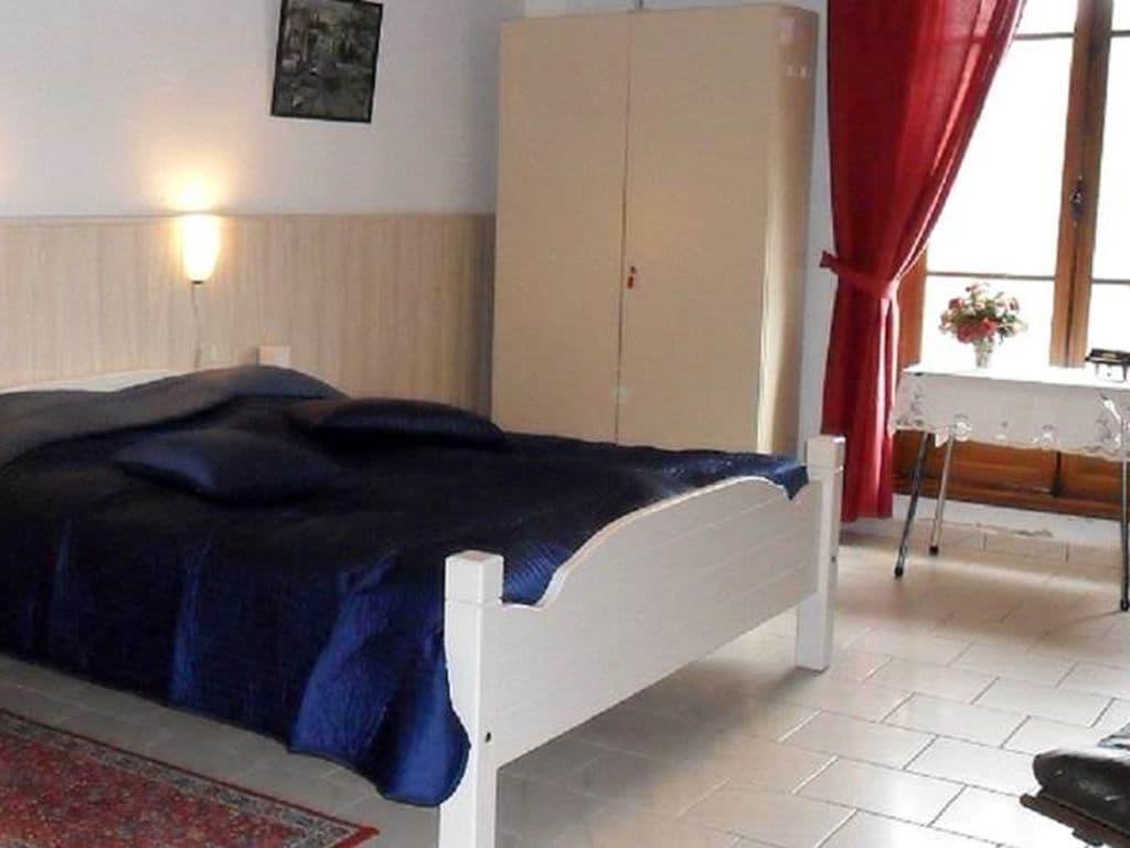 Ferienhaus Gemütliches Ferienhaus in Vieure mit großem Garten (487121), Cosne d'Allier, Allier, Auvergne, Frankreich, Bild 9