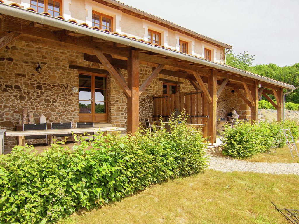 Ferienhaus Wunderschönes Ferienhaus mit Terrasse in Roussines (588335), Cherves Châtelars, Charente, Poitou-Charentes, Frankreich, Bild 3
