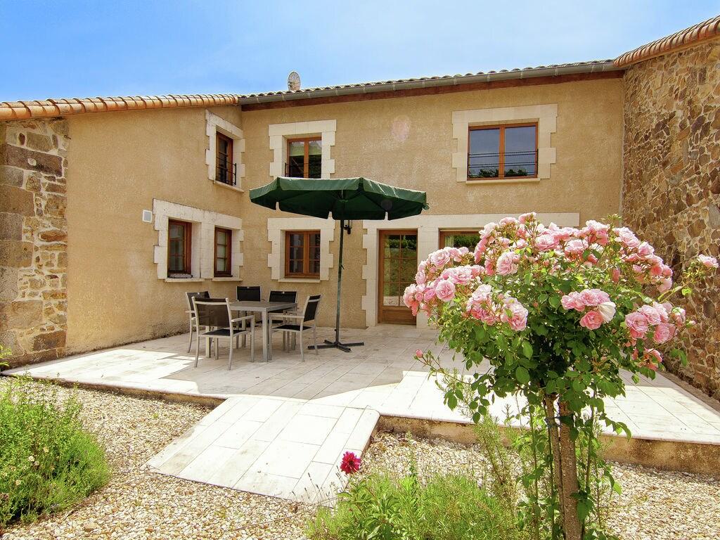 Ferienhaus Wunderschönes Ferienhaus mit Terrasse in Roussines (588335), Cherves Châtelars, Charente, Poitou-Charentes, Frankreich, Bild 5