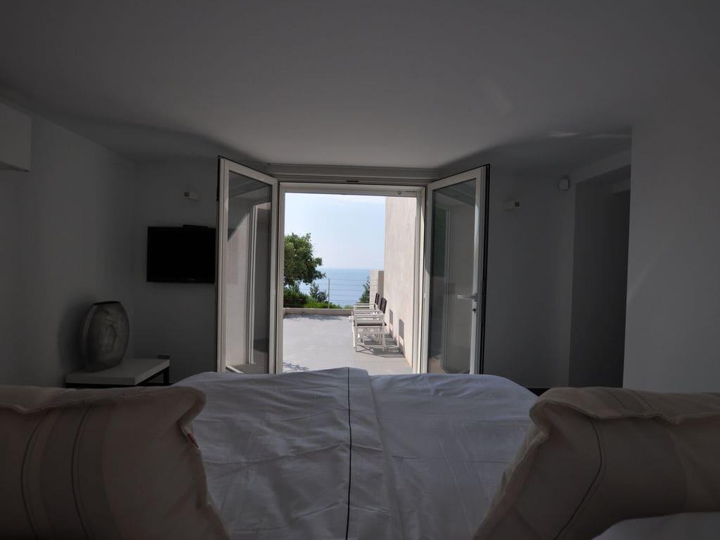 Ferienhaus Luxuriöse Villa in Roquebrune-sur-Argens mit Pool (493036), Les Issambres, Côte d'Azur, Provence - Alpen - Côte d'Azur, Frankreich, Bild 13