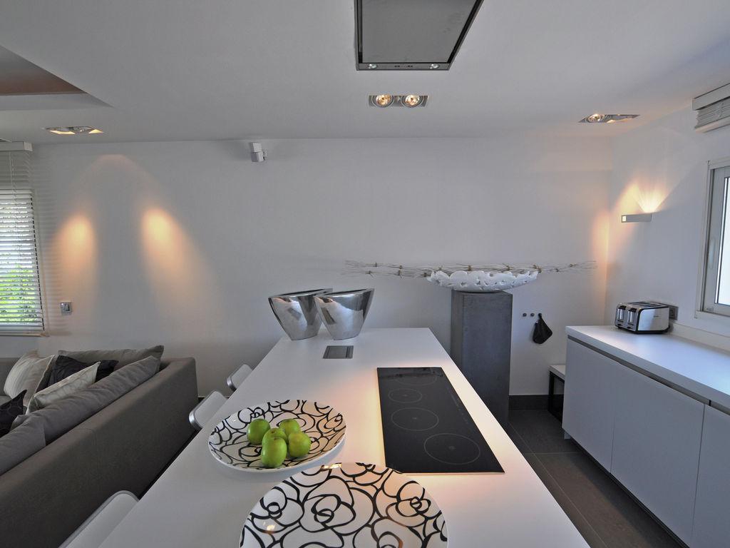 Ferienhaus Luxuriöse Villa in Roquebrune-sur-Argens mit Pool (493036), Les Issambres, Côte d'Azur, Provence - Alpen - Côte d'Azur, Frankreich, Bild 10
