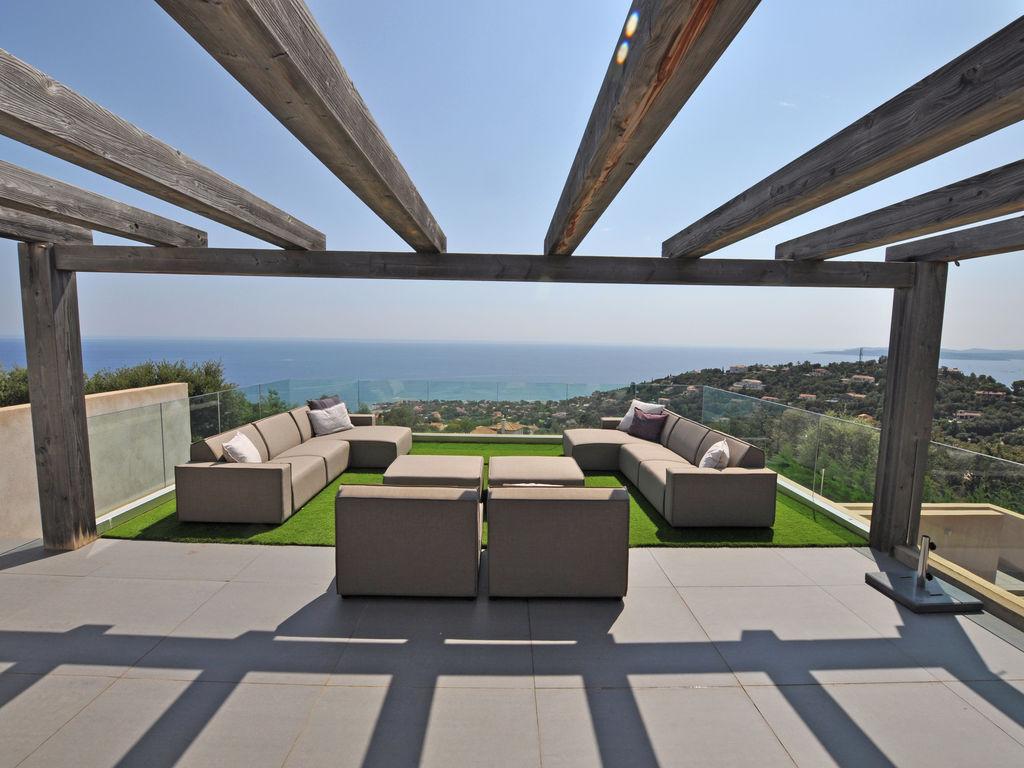 Ferienhaus Luxuriöse Villa in Roquebrune-sur-Argens mit Pool (493036), Les Issambres, Côte d'Azur, Provence - Alpen - Côte d'Azur, Frankreich, Bild 22