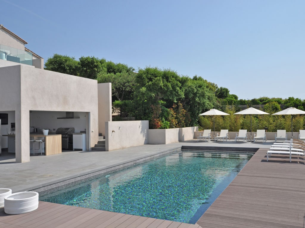 Ferienhaus Luxuriöse Villa in Roquebrune-sur-Argens mit Pool (493036), Les Issambres, Côte d'Azur, Provence - Alpen - Côte d'Azur, Frankreich, Bild 4