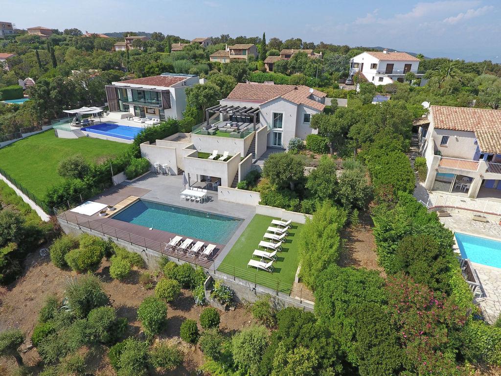 Ferienhaus Luxuriöse Villa in Roquebrune-sur-Argens mit Pool (493036), Les Issambres, Côte d'Azur, Provence - Alpen - Côte d'Azur, Frankreich, Bild 2