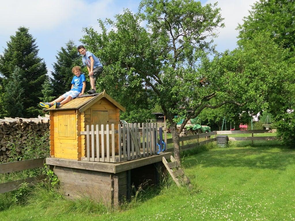 Ferienhaus Geräumiges Ferienhaus im Sauerland mit Garten und Spielscheune (498795), Hallenberg, Sauerland, Nordrhein-Westfalen, Deutschland, Bild 24