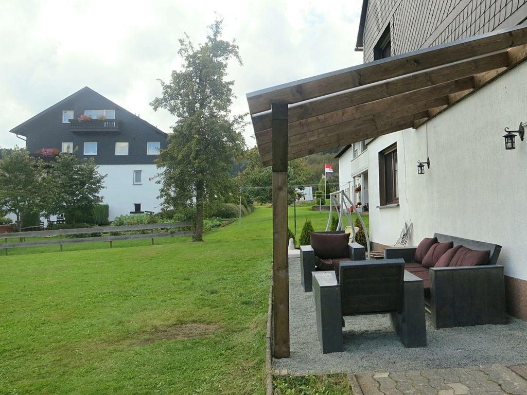 Ferienhaus Geräumiges Ferienhaus im Sauerland mit Garten und Spielscheune (498795), Hallenberg, Sauerland, Nordrhein-Westfalen, Deutschland, Bild 22