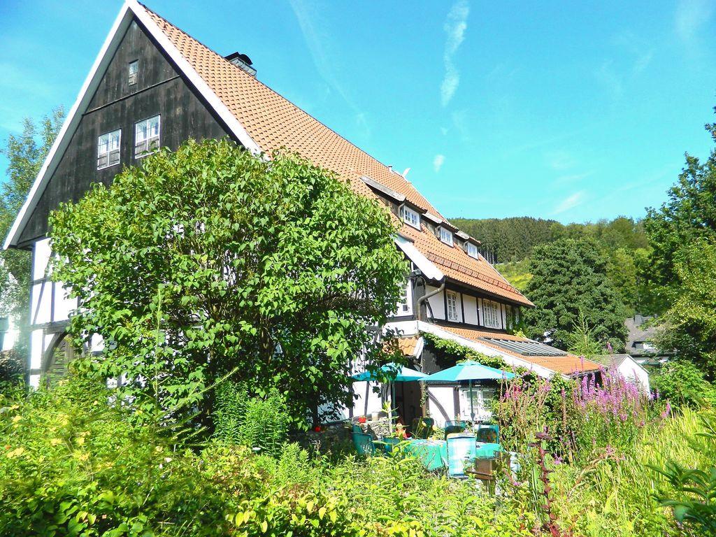 Becker-Hendrichs Ferienhaus  Brilon