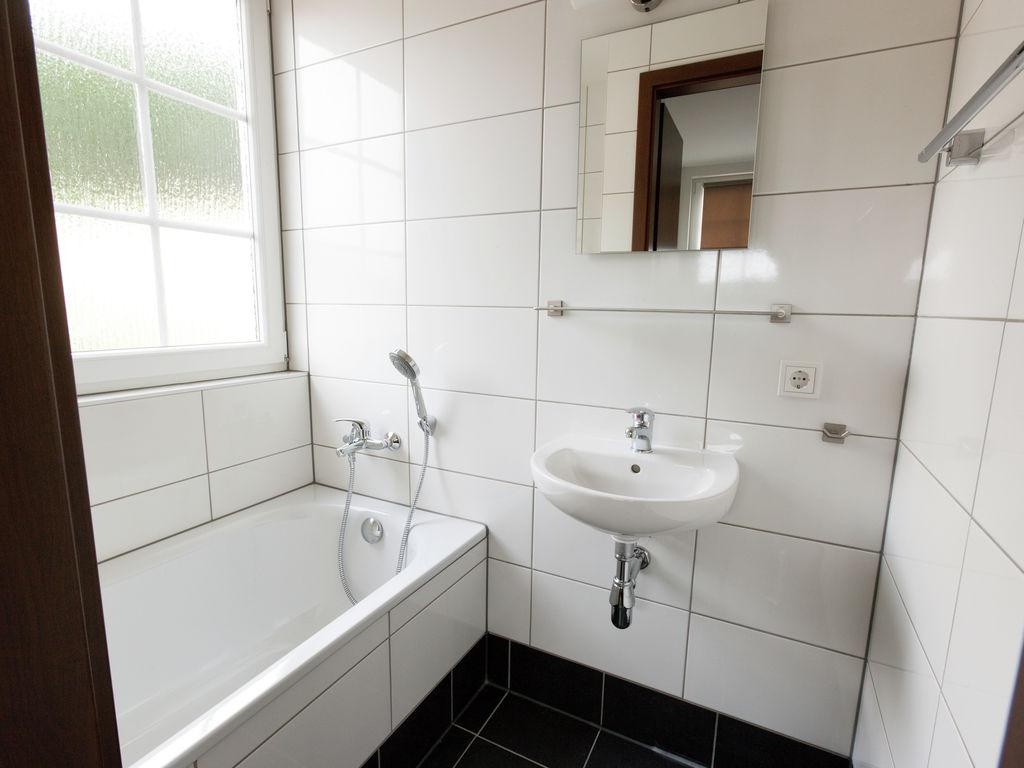 Ferienhaus Luxuriöse Villa mit Kamin bei einem Stausee in der Nordeifel (497577), Dahlem, Eifel (Nordrhein Westfalen) - Nordeifel, Nordrhein-Westfalen, Deutschland, Bild 12