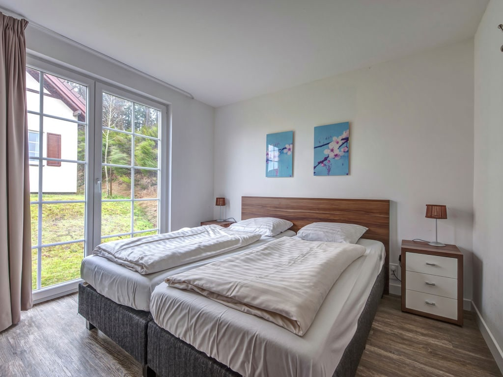Ferienhaus Luxuriöse Villa mit Kamin bei einem Stausee in der Nordeifel (497577), Dahlem, Eifel (Nordrhein Westfalen) - Nordeifel, Nordrhein-Westfalen, Deutschland, Bild 6