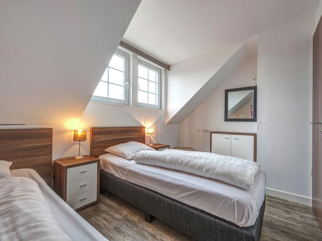 Ferienhaus Luxuriöse Villa mit Kamin bei einem Stausee in der Nordeifel (497577), Dahlem, Eifel (Nordrhein Westfalen) - Nordeifel, Nordrhein-Westfalen, Deutschland, Bild 8