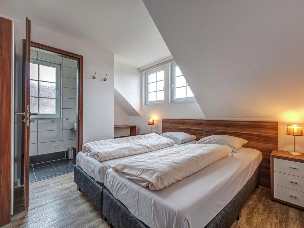 Ferienhaus Luxuriöse Villa mit Kamin bei einem Stausee in der Nordeifel (497577), Dahlem, Eifel (Nordrhein Westfalen) - Nordeifel, Nordrhein-Westfalen, Deutschland, Bild 9