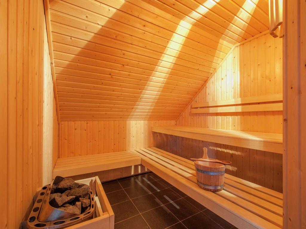 Ferienhaus Villa mit Whirlpool, Solarium und Kamin bei einem Stausee (497571), Dahlem, Eifel (Nordrhein Westfalen) - Nordeifel, Nordrhein-Westfalen, Deutschland, Bild 10