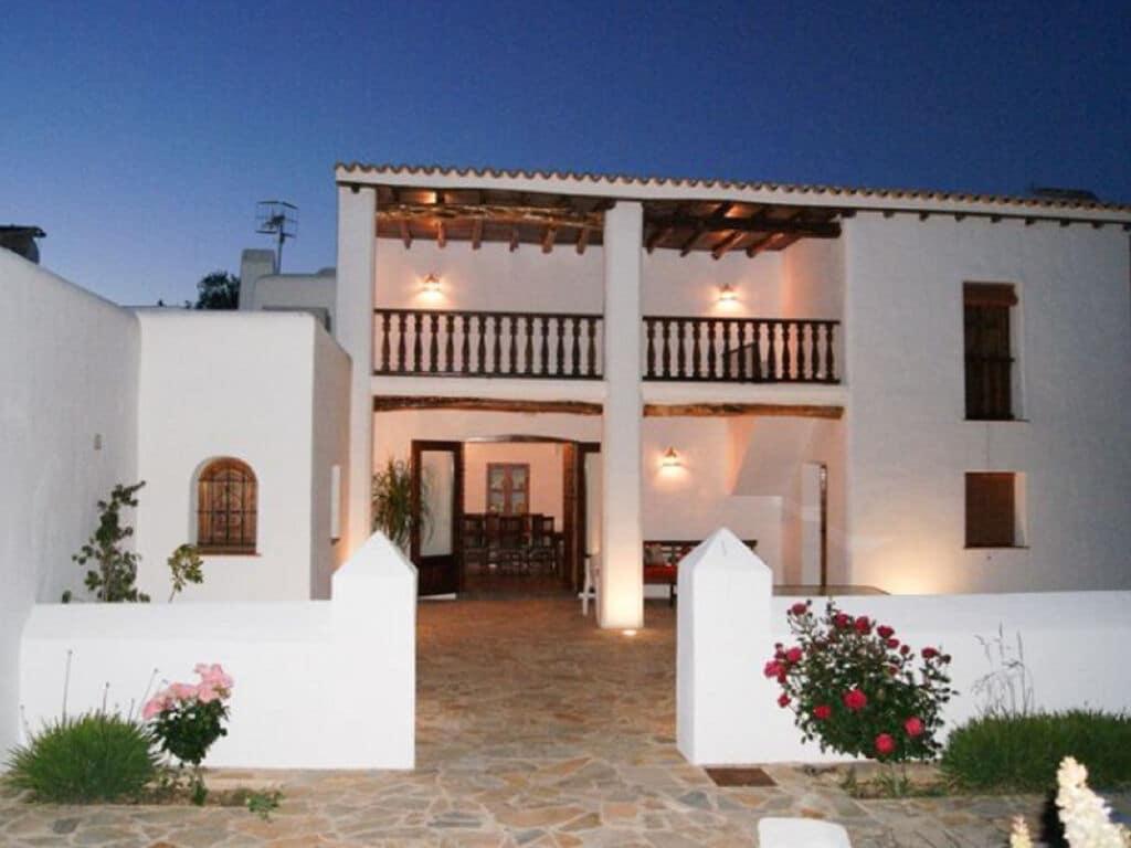 Ferienhaus Vintage-Villa mit eigenem Swimmingpool auf Ibiza (562891), Santa Eularia des Riu, Ibiza, Balearische Inseln, Spanien, Bild 1
