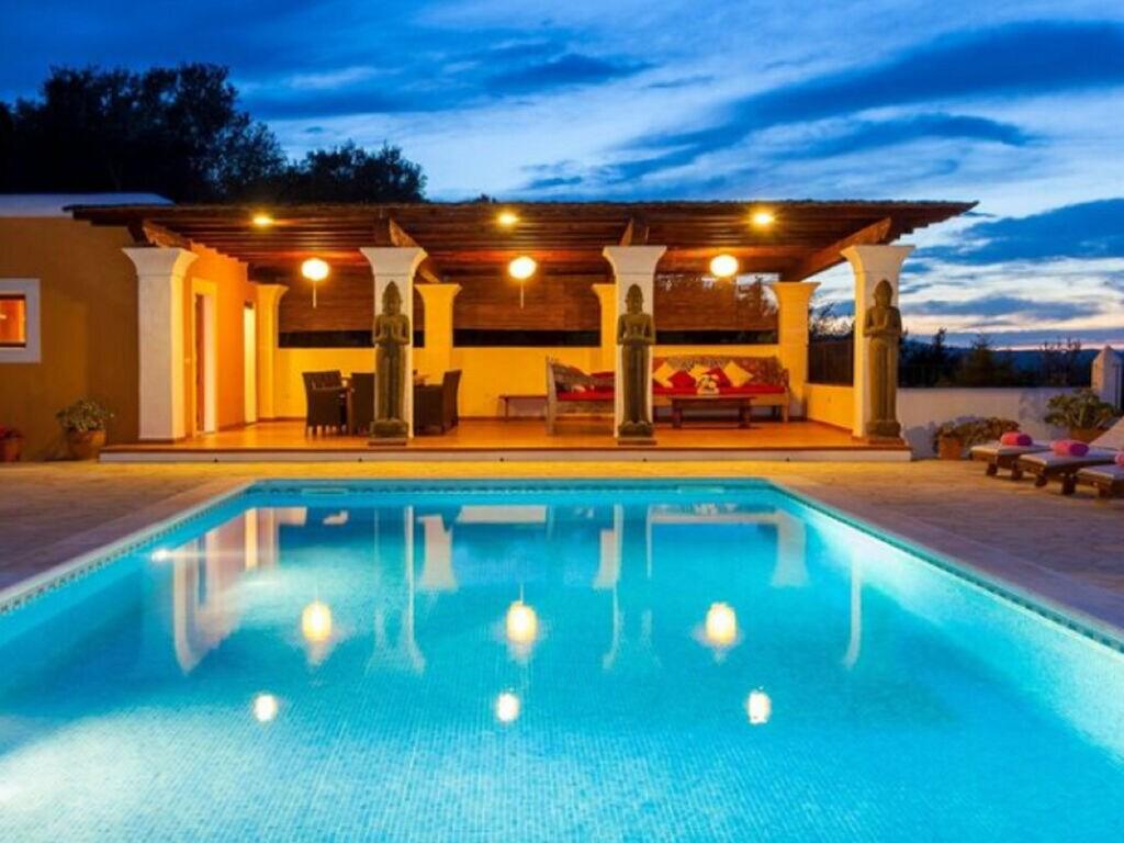 Ferienhaus Vintage-Villa mit eigenem Swimmingpool auf Ibiza (562891), Santa Eularia des Riu, Ibiza, Balearische Inseln, Spanien, Bild 2