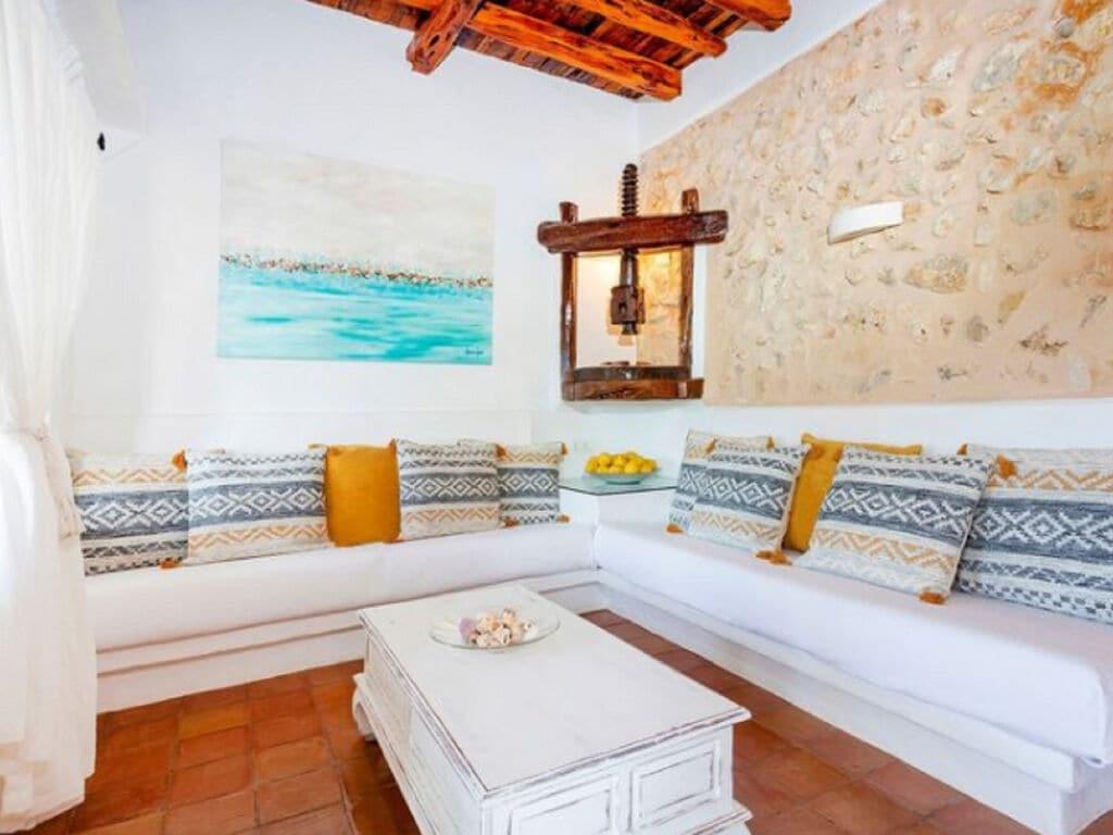 Ferienhaus Vintage-Villa mit eigenem Swimmingpool auf Ibiza (562891), Santa Eularia des Riu, Ibiza, Balearische Inseln, Spanien, Bild 3