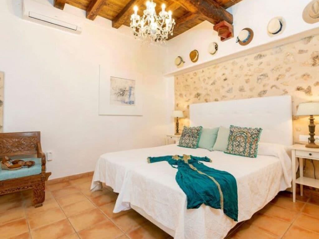 Ferienhaus Vintage-Villa mit eigenem Swimmingpool auf Ibiza (562891), Santa Eularia des Riu, Ibiza, Balearische Inseln, Spanien, Bild 17