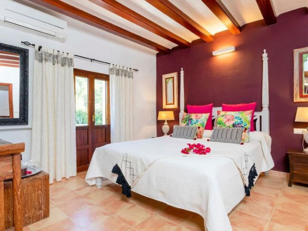 Ferienhaus Vintage-Villa mit eigenem Swimmingpool auf Ibiza (562891), Santa Eularia des Riu, Ibiza, Balearische Inseln, Spanien, Bild 18