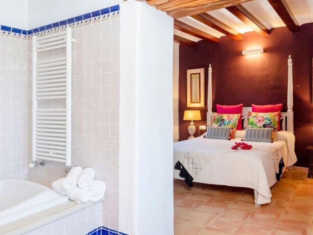 Ferienhaus Vintage-Villa mit eigenem Swimmingpool auf Ibiza (562891), Santa Eularia des Riu, Ibiza, Balearische Inseln, Spanien, Bild 19