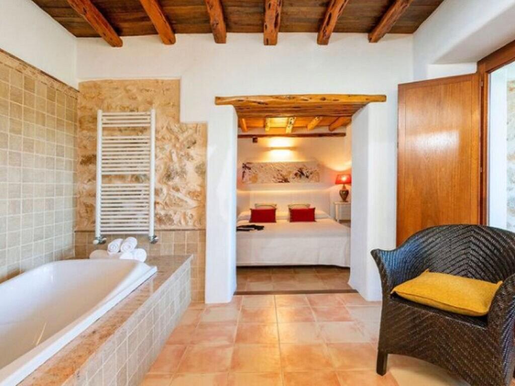 Ferienhaus Vintage-Villa mit eigenem Swimmingpool auf Ibiza (562891), Santa Eularia des Riu, Ibiza, Balearische Inseln, Spanien, Bild 29