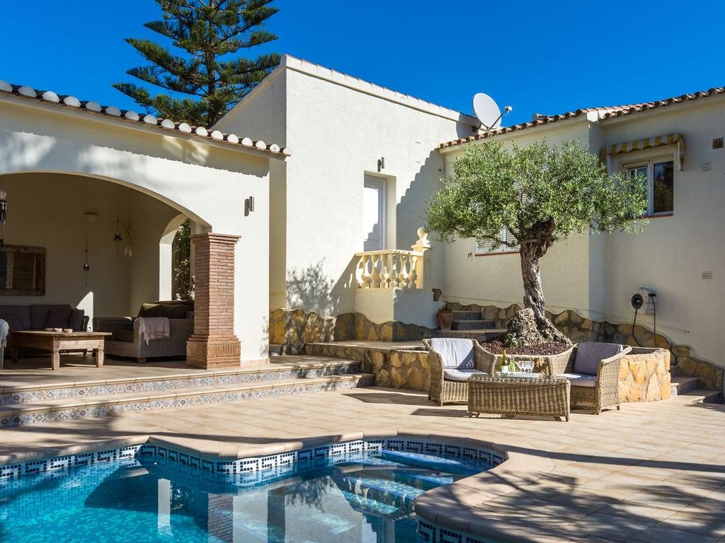 Ferienhaus Geräumige Villa mit Swimmingpool in Moraira (500694), Moraira, Costa Blanca, Valencia, Spanien, Bild 7