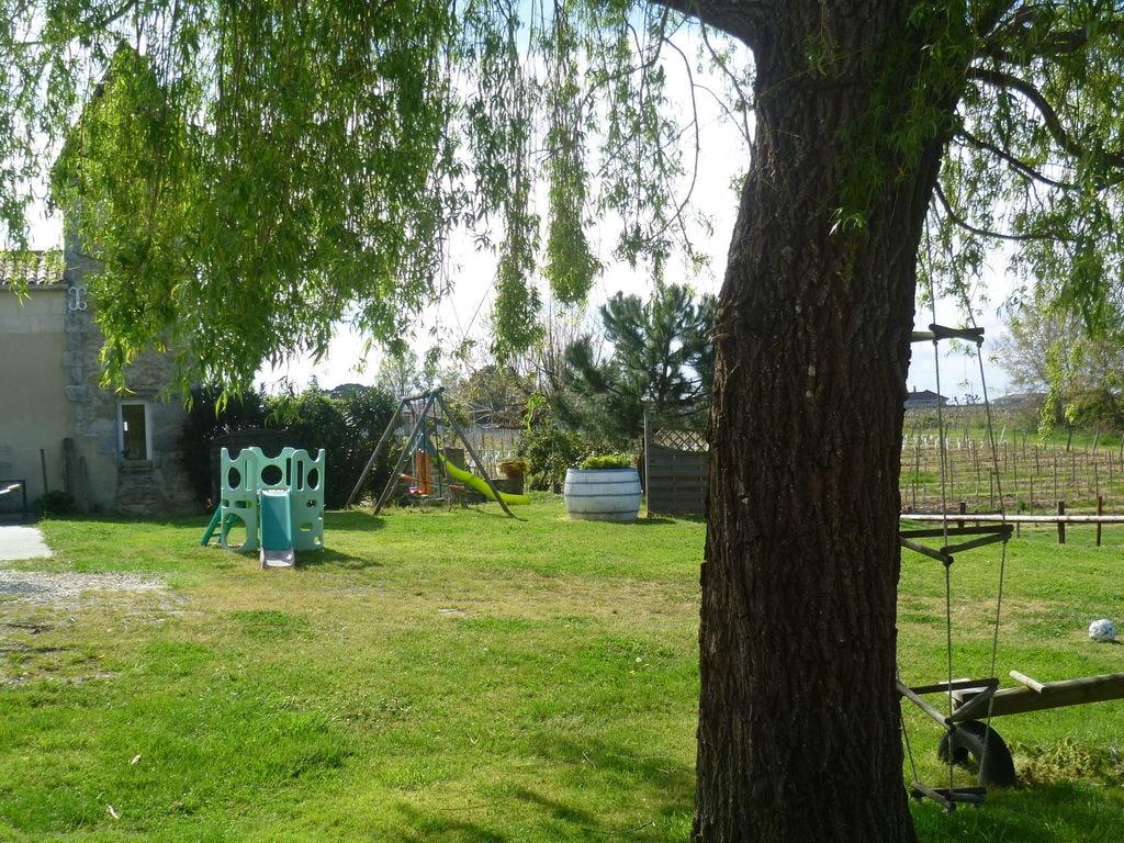 Maison de vacances Steinhaus inmitten eines Weinbergs, mit Swimmingpool, in der Nähe von Bordeaux (551317), Cadillac, Gironde, Aquitaine, France, image 23