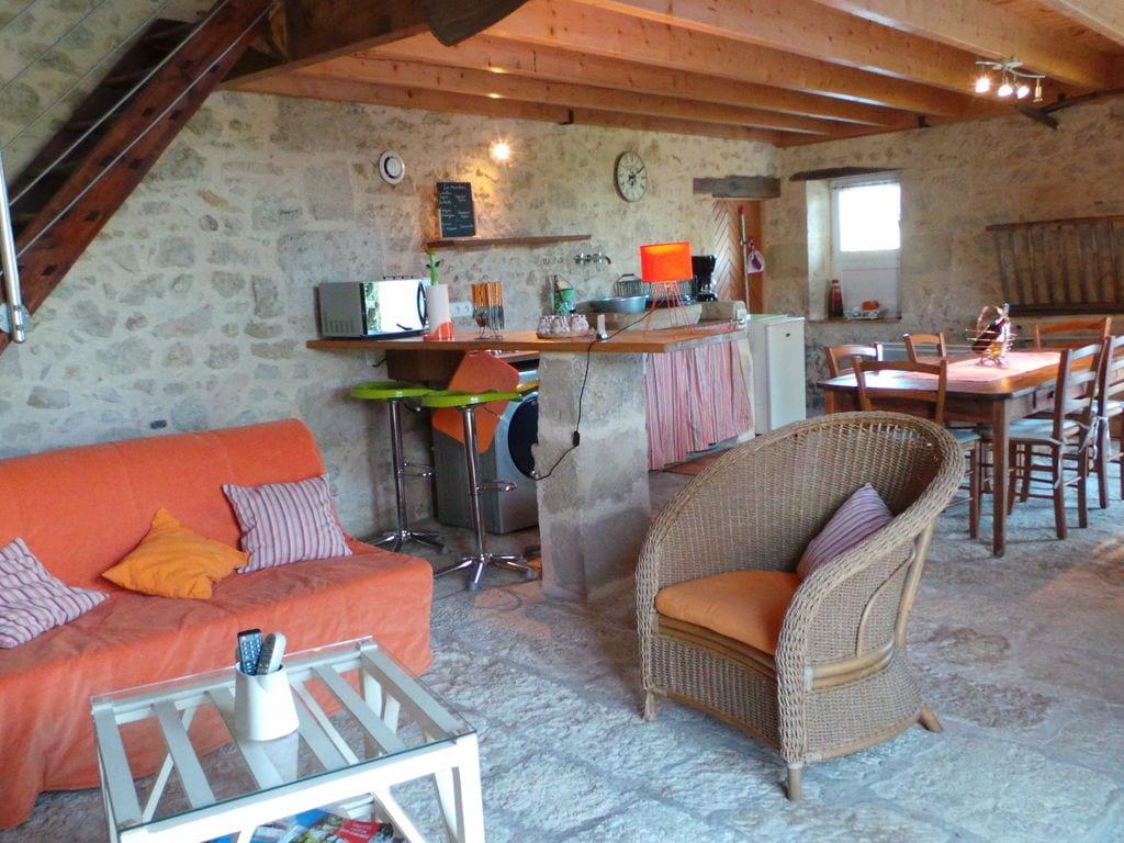 Maison de vacances Steinhaus inmitten eines Weinbergs, mit Swimmingpool, in der Nähe von Bordeaux (551317), Cadillac, Gironde, Aquitaine, France, image 11