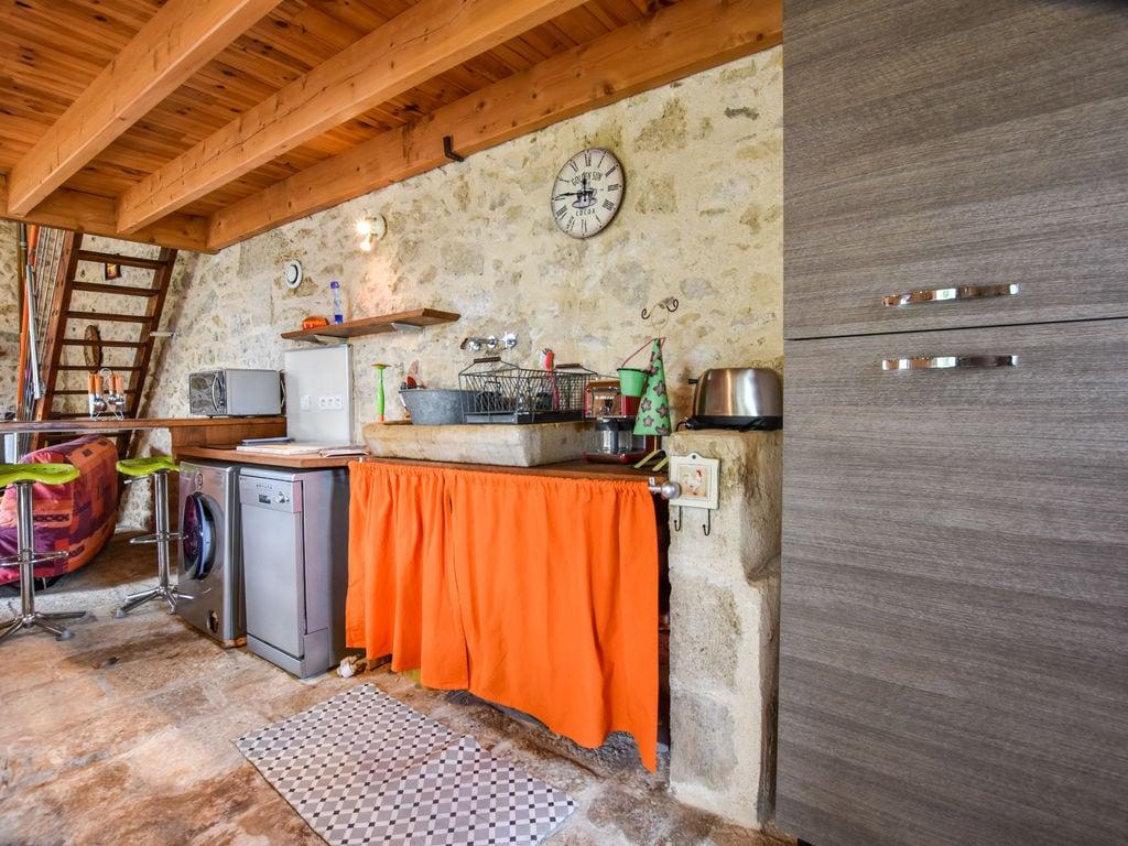 Maison de vacances Steinhaus inmitten eines Weinbergs, mit Swimmingpool, in der Nähe von Bordeaux (551317), Cadillac, Gironde, Aquitaine, France, image 8