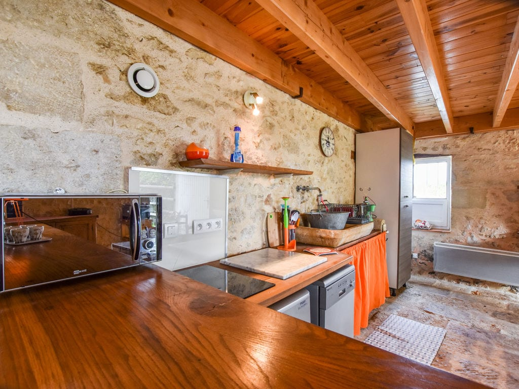 Maison de vacances Steinhaus inmitten eines Weinbergs, mit Swimmingpool, in der Nähe von Bordeaux (551317), Cadillac, Gironde, Aquitaine, France, image 9